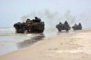 Šalies keliuose – intensyvus karinės technikos judėjimas